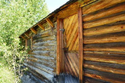 Side of the cabin